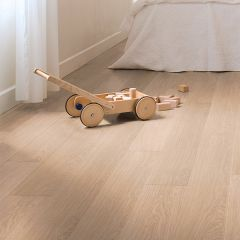 Quick-Step Impressive Ultra White Varnished Oak Planks