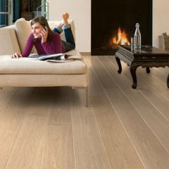 Quick-Step Largo White Varnished Oak Planks