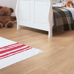 Quick-Step Perspective White Varnished Oak Planks