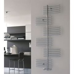 Scorpio Flat Chrome Towel Rail