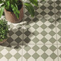 Odyssey Harlequin Small Green on Chalk Tiles